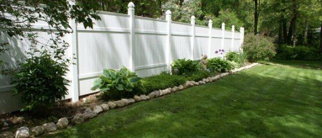 white-fence_design-700x300_c